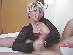 Dominatrix Lady B Encounter Sit