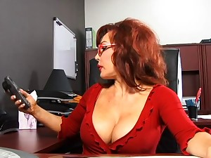 Lovable dick engulfing carrot takes ejaculation from dark stud in office