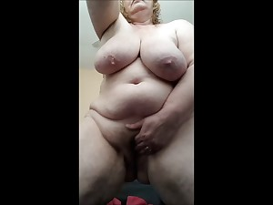 Slutty Housewife soaked and cumming for u later shower
