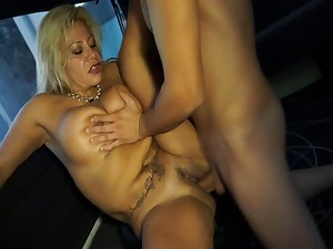 Lascivious Latin older fucking in a taxi