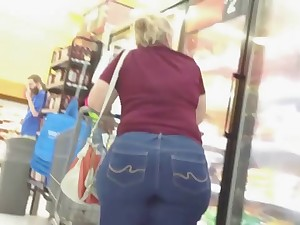 Outstanding Great Wazoo Golden-haired Gilf In Jeans!!!