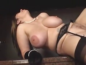 Wide titted aged in nylons drilled