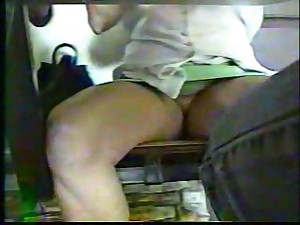 upskirt undertable mamma