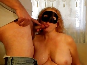 Masked Milf Carrot chewing gum with hawt cum