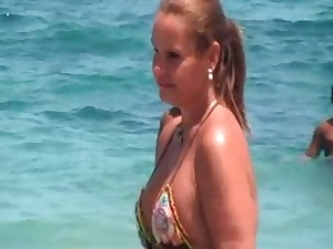 hot older strap maillot with NOT her daughter on strand 2014