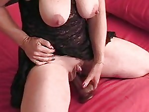 Tallow Bumpers With A Giant Clitoris