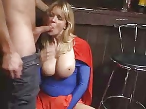 Super All red Milf - PLEASE WHAT'S HER NAME!!