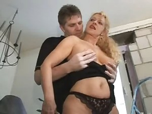 Bea Dumas Older Milf Sexy A-hole Anal troia takes difficult penis in the gazoo entire the trend milk cans