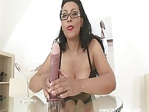 Large Mangos MILF Jerk Off Instructions