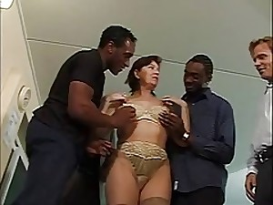 Squirting All red Older Interracial Team fuck
