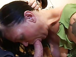 ANAL FOR A Wicked GRANNY