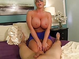 Breasty AUNT GIVES Ambitious HANDJOB!!!