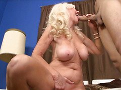Blond granny acquires drilled