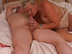 Granny with great whoppers sucks and bonks