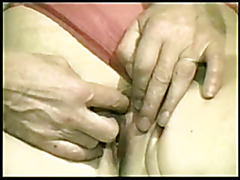 Mature hottie wants a important schlong up her pussy