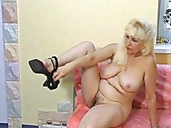 Russian Blond Bushy Nina solo-1
