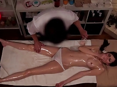 Ginza angel Spa--Japanese oil massage (MILFS) 4.2