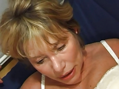 FRENCH Older n35 golden-haired anal mamma vieille salope