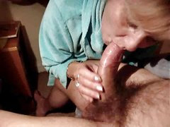 Granny receives an anal creampie..RDL