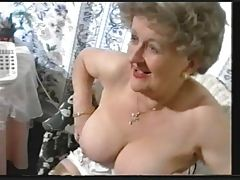 Corpulent Former Granny Teases in Nylons