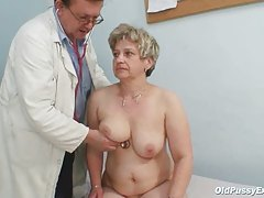 Aged grease bawdy cleft Ruzena gyno speculum bizzare hospital exam
