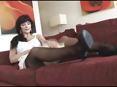 Dark brown Mom Posing 03